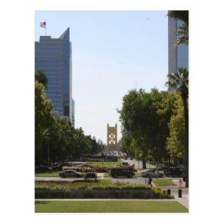 Sacramento: Tower Bridge from Capitol Mall Postcard