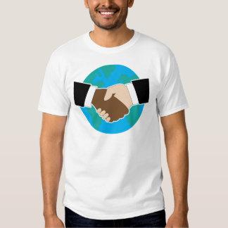 Sacudida de la mano del mundo camisas
