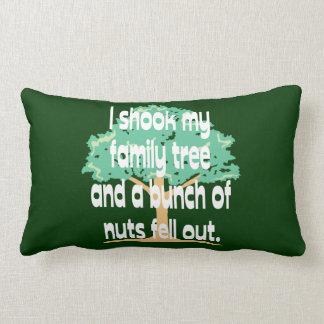Sacudió mi árbol de familia almohadas