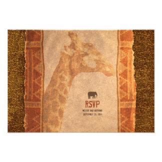 Safari africano de la jirafa que casa la tarjeta d invitación personalizada