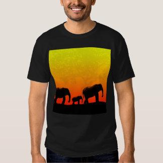 Safari en la camiseta de la puesta del sol playera