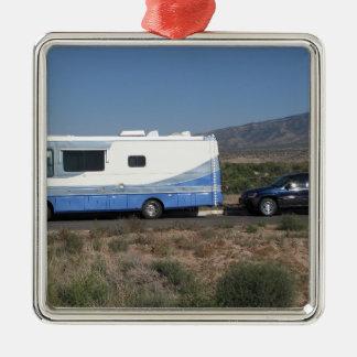 Safari Trek 1999 Blue Classic RV Motorhome Metal Ornament