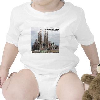 SAGRADA FAMILIA BARCELONA SPAIN (St.K) Tshirts