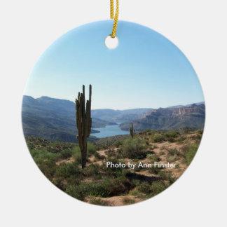 Saguaro del rastro de Apache Ornamentos Para Reyes Magos