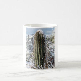 Saguaro nevado taza básica blanca