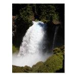 Sahalie baja postal de la cascada de Oregon