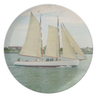 Sail Boat Plate