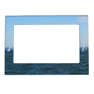 Sailboat Races Magnetic Frame