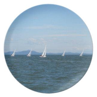 Sailboat Races Plate