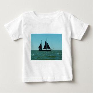 Sailing barge baby T-Shirt