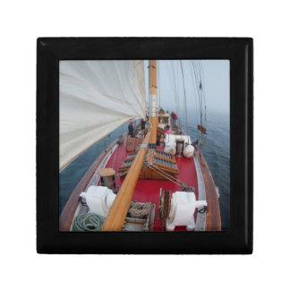 Sailing Boundary Pass Gift Box
