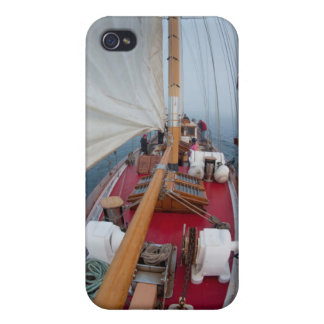 Sailing Boundary Pass iPhone 4/4S Cases
