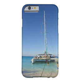 Sailing in the Bahamas iPhone 6 case