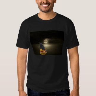 Sailing on a Hamburger To the Moon on Mist T-shirts