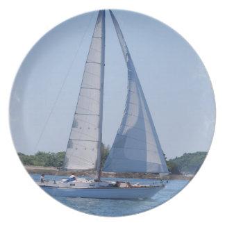 Sailing Plate