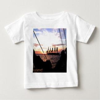 Sailing to goal and success t shirt