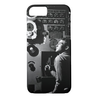Sailor at work in the electric engine_War Image iPhone 8/7 Case