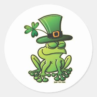 Saint Patrick s Day Frog Round Stickers