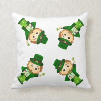 Saint Patrick' S Day Throw Pillow