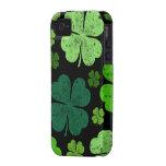 Saint Patrick's Day, Clovers, Swirls - Black Green Vibe iPhone 4 Cases
