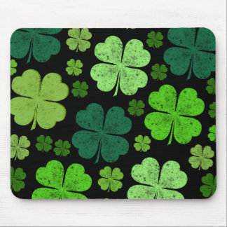 Saint Patrick's Day, Clovers, Swirls - Black Green Mouse Pad