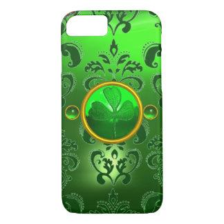 SAINT PATRICK'S DAY SHAMROCK WITH GREEN DAMASK iPhone 7 CASE