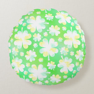 Saint Patrick's Day Shamrocks Retro Watercolor Round Pillow
