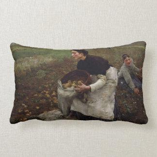 Saison doctobre throw pillow