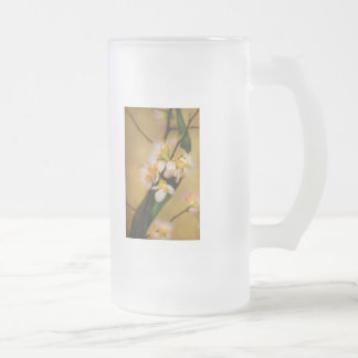 Sakura - A touch of spring 16 Oz Frosted Glass Beer Mug