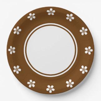 Sakura encantador en la placa de papel del platos de papel