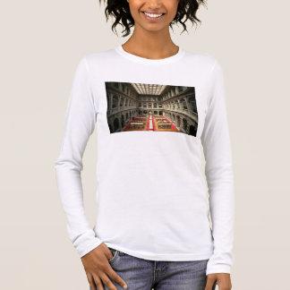 Sala di Lettura, built in 1537-88 (photo) Long Sleeve T-Shirt