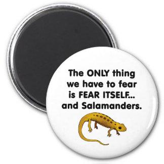 Salamanders del miedo sí mismo imán redondo 5 cm