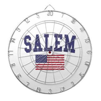 Salem O bandera de los E.E.U.U.