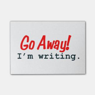 Salgo, estoy escribiendo notas de post-it post-it notas