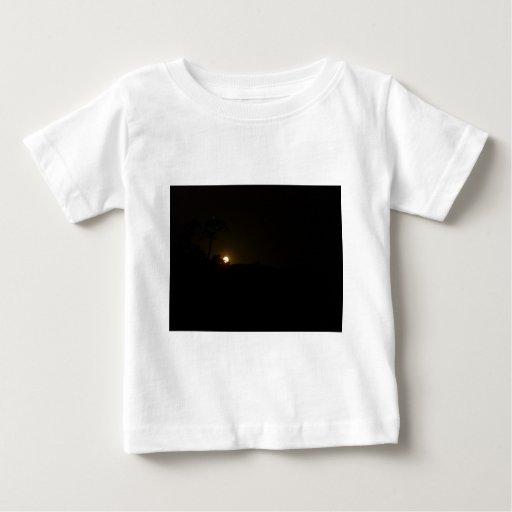 Salida de la luna camisas