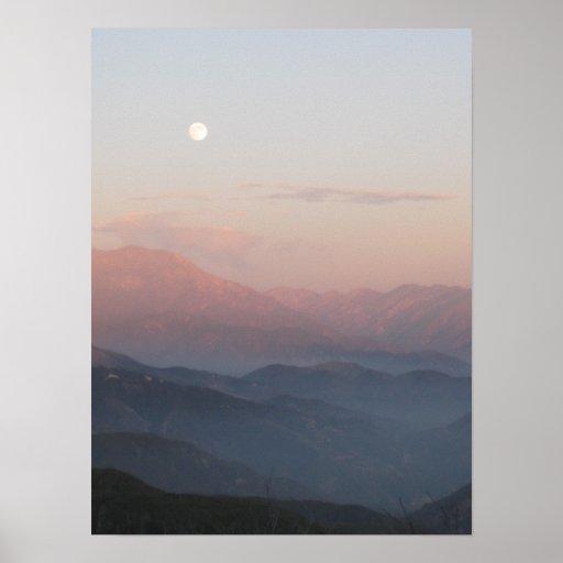 Salida de la luna de la montaña de San Bernardino Poster