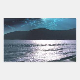 Salida de la luna de la playa de la tranquilidad pegatina rectangular