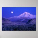 Salida de la luna durante el invierno de la capill poster