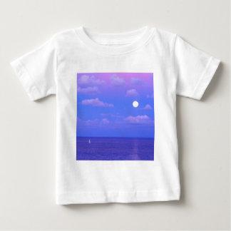 Salida de la luna encantada mar Cancun Playera De Bebé