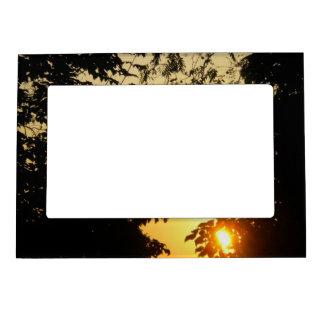 Salida del sol a través del imán del marco de la f marcos magneticos de fotos