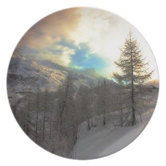 Salida del sol alpina de Val D'Isere Platos