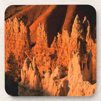 Salida del sol Bryce Utah del parque Posavasos De Bebida