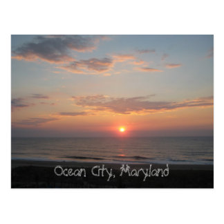 """""""Salida del sol - ciudad del océano, Maryland """" Tarjetas Postales"""