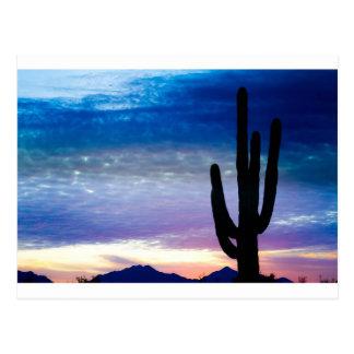 Salida del sol colorida del desierto del sudoeste postales