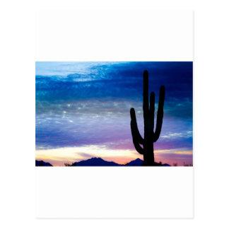 Salida del sol colorida del desierto del sudoeste postal