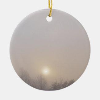 Salida del sol congelada ornamento para arbol de navidad