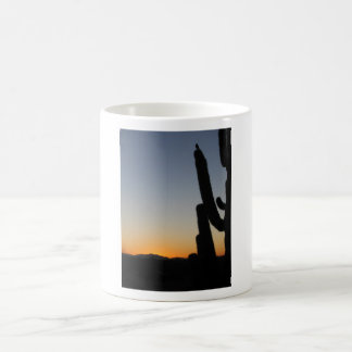 Salida del sol de Arizona Taza Básica Blanca