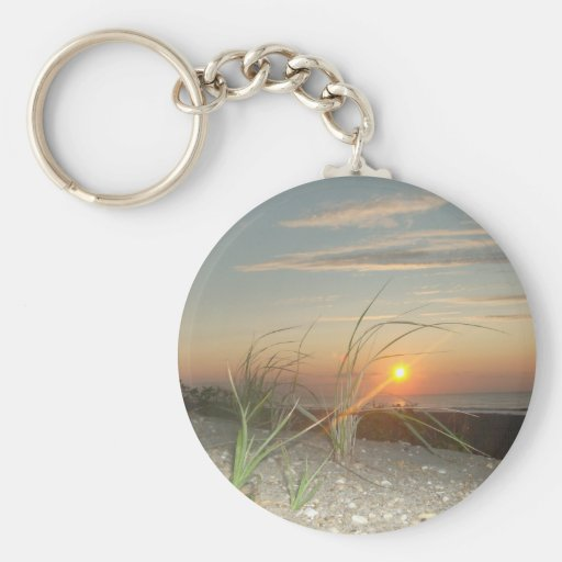 Salida del sol de la hierba de la duna llavero redondo tipo pin