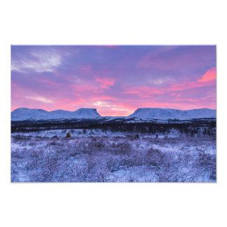 Salida del sol de la madrugada sobre la impresión fotografías
