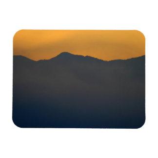 Salida del sol de la montaña de Smokey Imanes Flexibles
